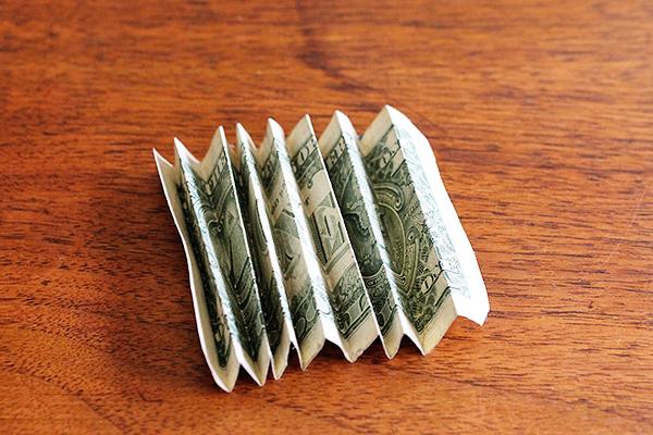 Dollar Accordion