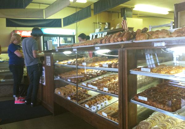 Munchers Donuts
